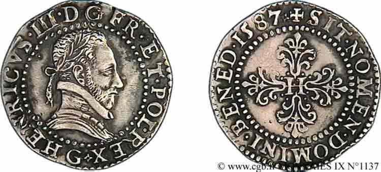 N° v09_1137 Demi-franc au col plat - 1587